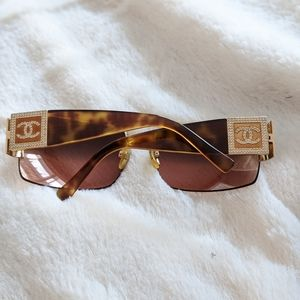 CHANEL tortoiseshell and rhinestone sunglasses